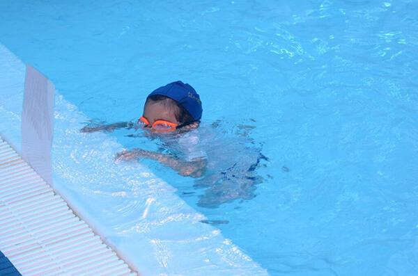 Cómo se ve alguien que se está ahogando